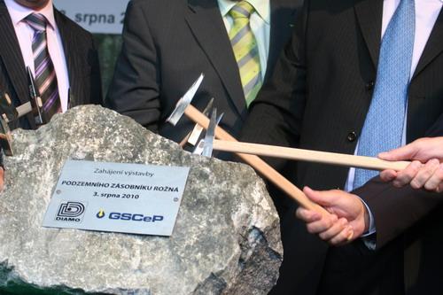 Výstavba největšího podzemního zásobníku zemního plynu je zahájena