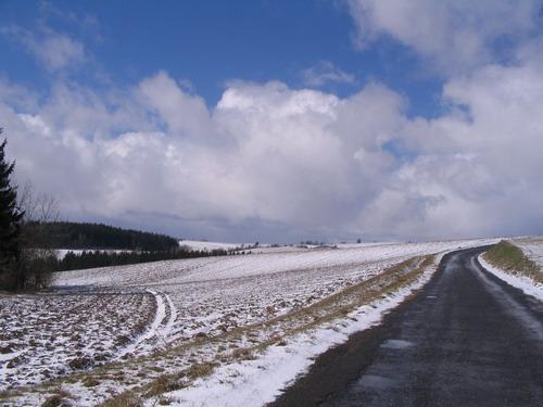 Aktuality - Zima na silnicích pomalu začíná