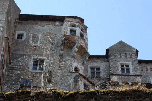 Aktuality - Netypické pohledy na hrad Pernštejn