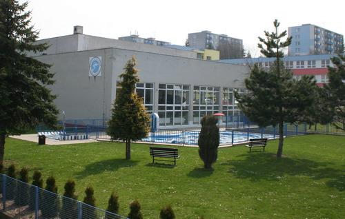 Aktuality - Žďárský bazén by měl být hotov nejpozději do začátku června roku 2012