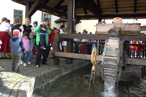 Aktuality - Stavidla byla spuštěna, turistická sezóna zahájena